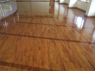 harga lantai kayu